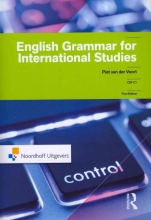 Piet van der Voort , English grammar for international studies