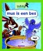 Tais  Teng,mus is een bes