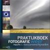 <b>Bob  Luijks, Karin  Broekhuijsen, Johan van der Wielen, Peter den Hartog</b>,Praktijkboek fotografie: Weer, nacht en natuurverschijnselen