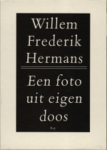 Willem Frederik  Hermans Een foto uit eigen doos