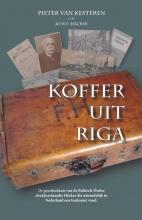 Pieter van Kesteren, Jo  Häcker Koffer uit Riga