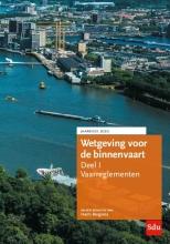 Harm Bergsma , Wetgeving voor de binnenvaart Deel I. Vaarreglementen.