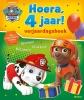 ,<b>Hoera, 4 jaar! Verjaardagsboek</b>