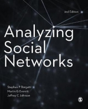 Jeffrey C. Johnson Stephen P. Borgatti  Martin G. Everett, Analyzing Social Networks