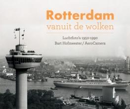 Bart  Hofmeester Rotterdam vanuit de wolken