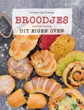 Levine van Doorne Broodjes uit eigen oven