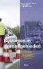 T.J.M.  Dekkers M.A.H. van der Woude  J.  Brouwer,Beslissen in grensgebieden