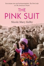Nicole  Kelby The pink suit