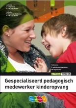 S.  Lagerweij, R. van Midde Gespecialiseerd pedagogisch medewerker kinderopvang