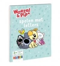 , Woezel & Pip spelen met letters