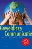 <b>Marshall Rosenberg</b>,Geweldloze communicatie