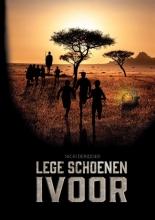 Nicki Deridder , Lege Schoenen - Ivoor