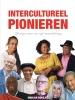 Marjan  Borsjes ,Intercultureel pionieren