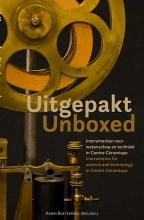 , Uitgepakt/Unboxed