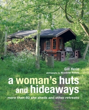 Heriz, Gill Woman`s Huts and Hideaways