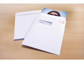 , akte envelop met venster Raadhuis 229x324mm C4 wit met      plakstrip doos a 250 stuks