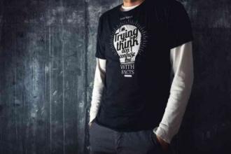 Plato T-shirt Large