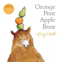 Gravett, Emily Orange Pear Apple Bear