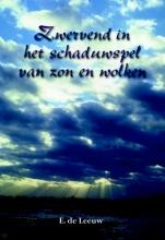 E. de Leeuw Zwervend in het schaduwspel van zon en wolken