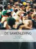 Joep  Harmsen, Sophie  Bouwens,De samenleving