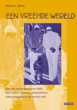 Martine Delfos , Een vreemde wereld