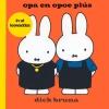 <b>Dick  Bruna</b>,opa en opoe pl&#2013266170;s in ut leewaddes