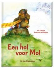 Boogert, Anita van den Een hol voor Mol