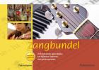 <b>Zangbundel, teksteditie met gitaarakkoorden</b>,200 bekende geestelijke en bijbelse liederen, teksteditie