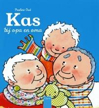 Pauline  Oud Kas bij opa en oma