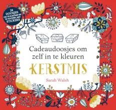 Sarah  Walsch Kerstmis - Cadeaudoosjes om zelf in te kleuren