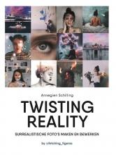 Annegien  Schilling Twisting reality