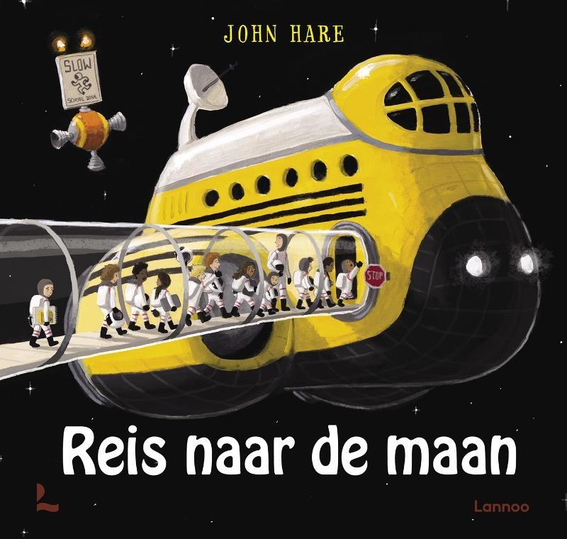 John Hare,Reis naar de maan
