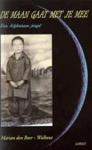 M. den Boer-Walhout De maan gaat met je mee