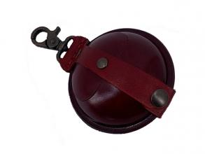 , sleutelhanger Mika groot zadelleer opberg vak voor munten.  rood