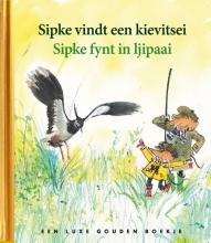 Lida Dijkstra Sipke vindt een kievitsei Sipke fynt in ljipaai