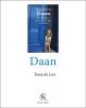 <b>Tessa de Loo, Daan  / Grote letter</b>,Een Portugees op voetkussentjes van fluweel'