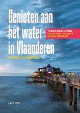 Marcel  Schoeters Genieten aan het water in Vlaanderen
