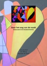 J  Tilburg Door het oog van de naald