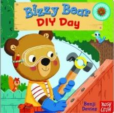 Davies, Benji Bizzy Bear: DIY Day