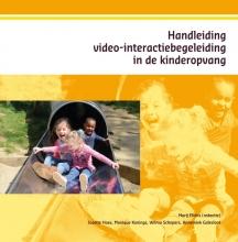 Annemiek Galesloot Josette Hoex  Monique Konings  Wilma Schepers, Handleiding video-interactiebegeleiding in de kinderopvang