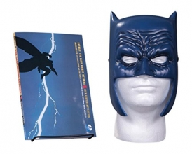 Frank,Miller/ Varney,L. Batman Dark Knight Returns Book & Mask Set