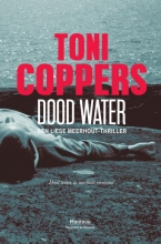 Toni  Coppers Dood water
