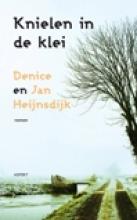 Denice  Heijnsdijk, J.  Heijnsdijk Knielen in de klei