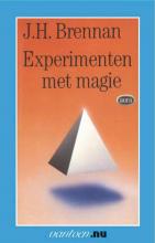 J.H. Brennan , Experimenten met magie