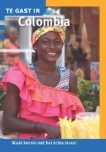 Wies Ubachs Karin Anema  Marielle Van Bussel, Te gast in Colombia