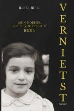 Renée Blom , Vernietst