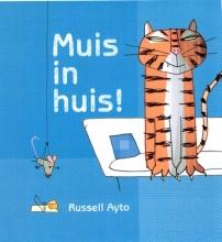Russell  Ayto Muis in huis
