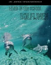 Richard  Spilsbury leven in een school dolfijnen
