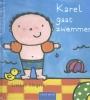 <b>Liesbet  Slegers</b>,Karel pretpakket( Karel gaat zwemmen + stickerboek Karel + strandbal)