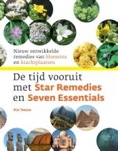 Ria  Teeuw, Madeleine  Meuwessen, Micha  Meuwessen De tijd vooruit met Star Remedies en Seven Essentials